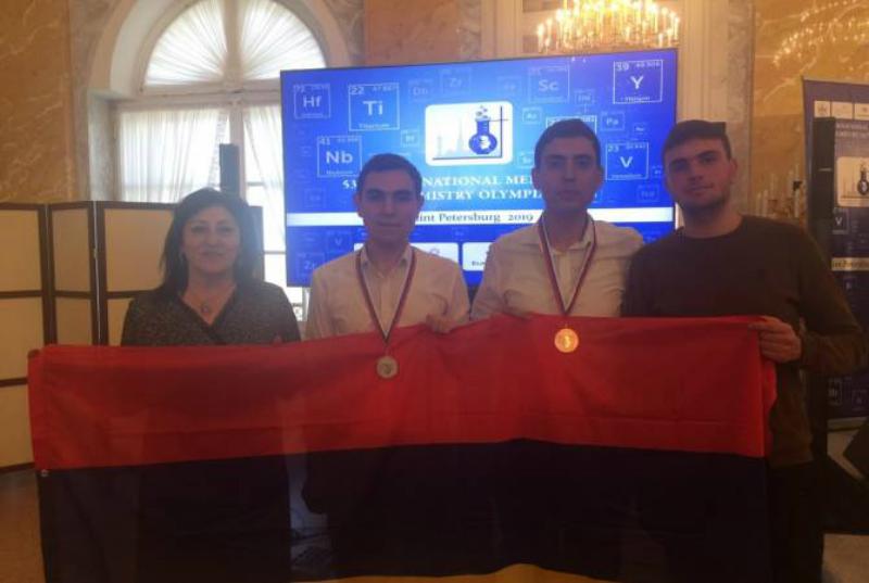 Հայաստանի թիմը երկու մեդալ է նվաճել քիմիայի միջազգային Մենդելեևյան օլիմպիադայում