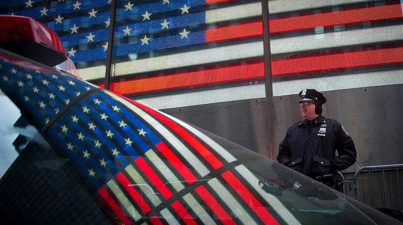 ԱՄՆ իրավապահները մաչետեով զինված իրանցու են ձերբակալել Թրամփի տան մոտ
