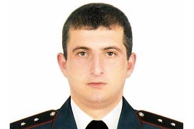 ՊՊԾ գնդի գրավման օրերին սպանված ոստիկան Յուրի Տեփանոսյանի հայրը միջնորդություն է ներկայացրել դատարանին