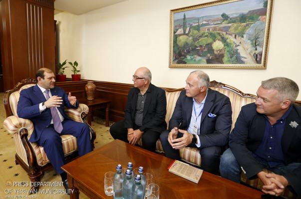 Քաղաքապետ Տարոն Մարգարյանը հանդիպել է GALLUP International ասոցիացիայի նախագահ Կանչո Ստոյչևի հետ