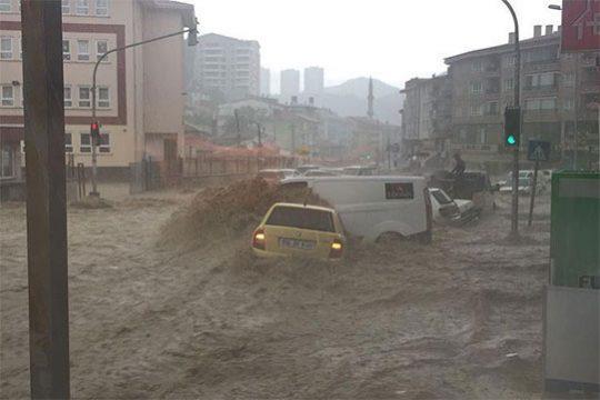 Թուրքիայում գրանցվել է վերջին 500 տարիների ընթացքում ամենամեծ ջրհեղեղը