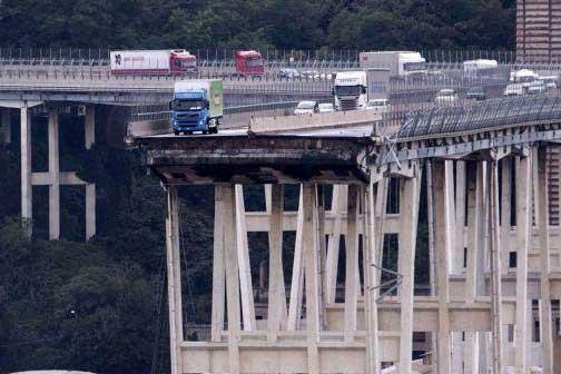 Ականատեսները նշել են Իտալիայում կամրջի փլուզման հնարավոր պատճառը