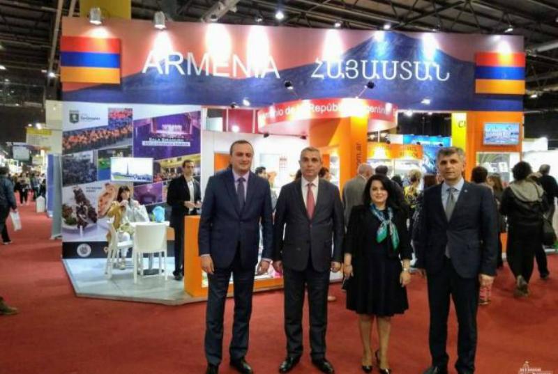 Բուենոս Այրեսի գրքի միջազգային փառատոնի շրջանակներում տեղի է ունեցել Հայաստանի օրվան նվիրված միջոցառում
