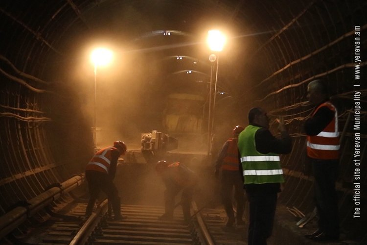 Քաղաքային իշխանությունը հանձն է առել վերսկսել մետրոյի «Աջափնյակ» կայարանի շինարարությունը