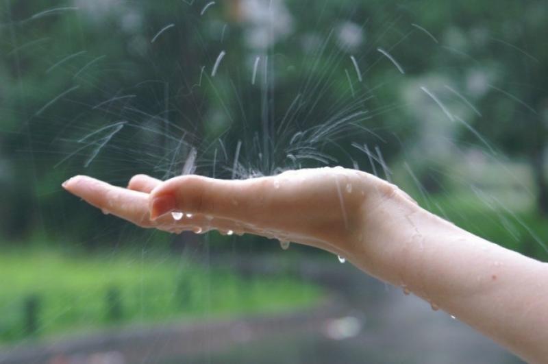 Հունիսի 5-ին, 6-ին երեկոյան ժամերին Երեւանի առանձին հատվածներում հնարավոր է կարճատեւ անձրեւ եւ ամպրոպ