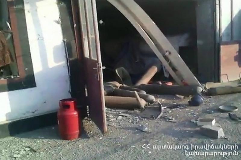Եղեգնաձորում բենզալցակայանին կից տեղի է ունեցել գազի բալոնի պայթյուն. տեսանյութ