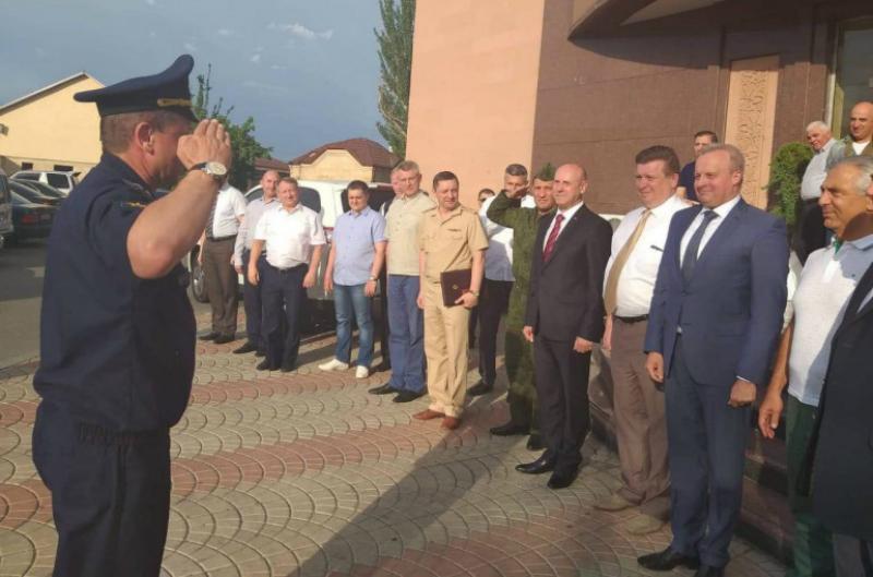 ՀՀ-ում ՌԴ դեսպանը պարգևատրել է Երևանում ռուսական «Էրեբունի» ավիաբազայի հրամանատարին