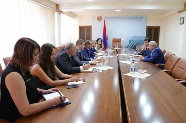 Արծվիկ Մինասյանը և ՀՀ-ում ՌԴ դեսպանը քննարկել են ԵԱՏՄ շրջանակում առևտրաշրջանառությանը վերաբերող հարցեր