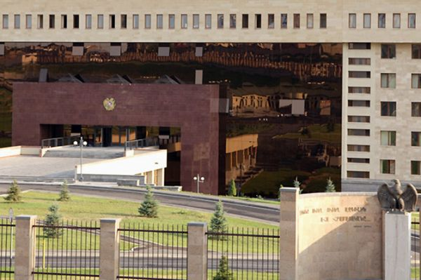 ՀՀ զինված ուժերի ստորաբաժանումները չեն գնդակոծել նախիջևանյան ուղղությամբ տեղակայված ադրբեջանական ԶՈՒ դիրքերը