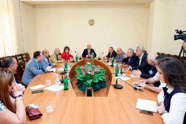 Ազգային ժողովում կայացել է «Փոփոխվող աշխարհ, համարժեք Հայաստան» թեմայով քննարկում