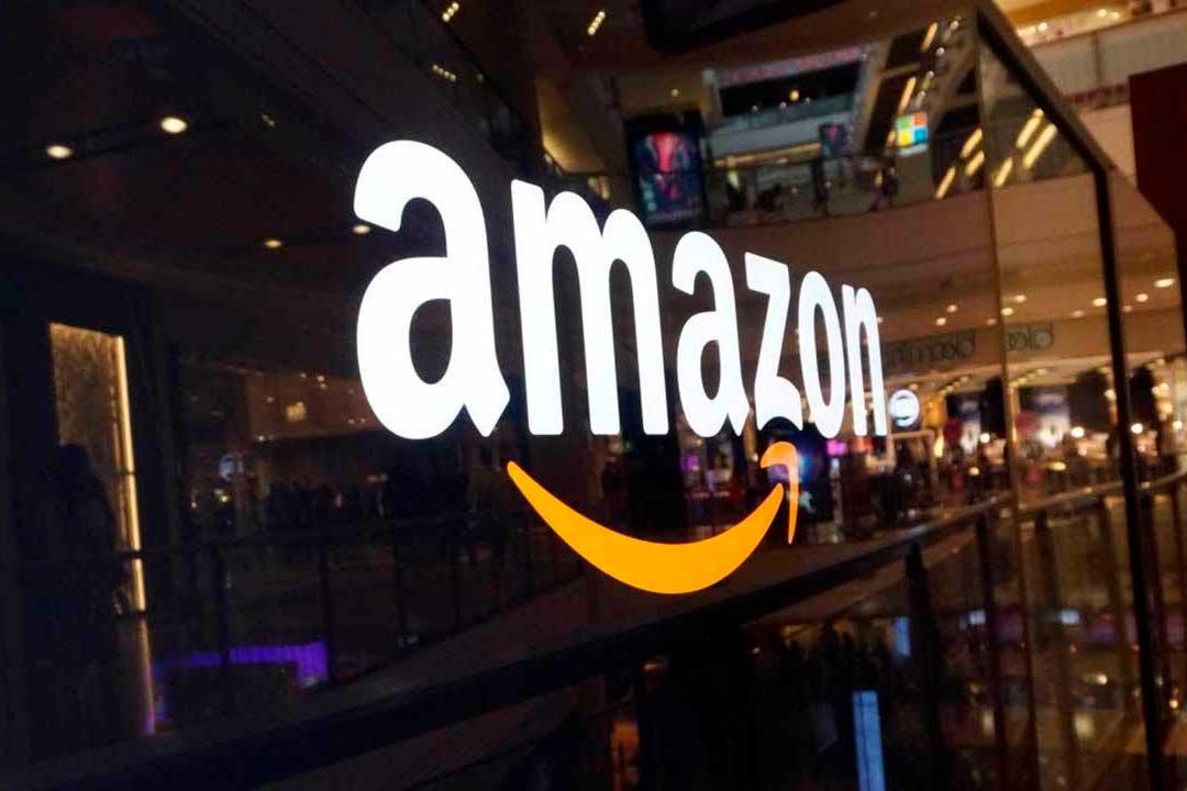 Ինչու են Amazon-ի աշխատակիցներին խրախուսում, որ շներին իրենց հետ աշխատանքի բերեն