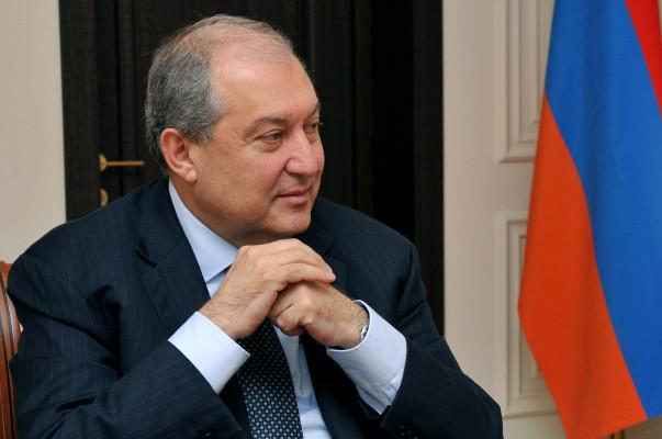 Արմեն Սարգսյանը խորհրդակցություններ է սկսել ԱԺ խմբակցությունների ղեկավարների հետ