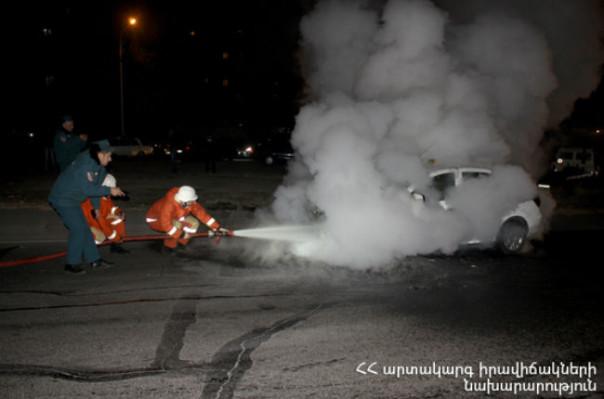 Բաշինջաղյան փողոցում ամբողջությամբ այրվել է «Opel» մակնիշի մեքենան