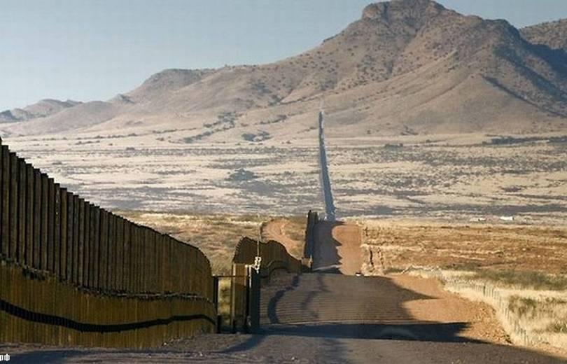 ԱՄՆ-Մեքսիկա սահմանին սկսվել է պատի վերակառուցումը (տեսանյութ)