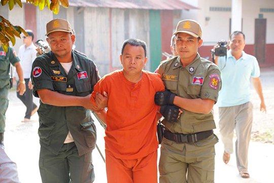 Կամբոջայում դատում են հարյուրավոր մարդկանց ՄԻԱՎ-ով վարակած ինքնակոչ բժշկին