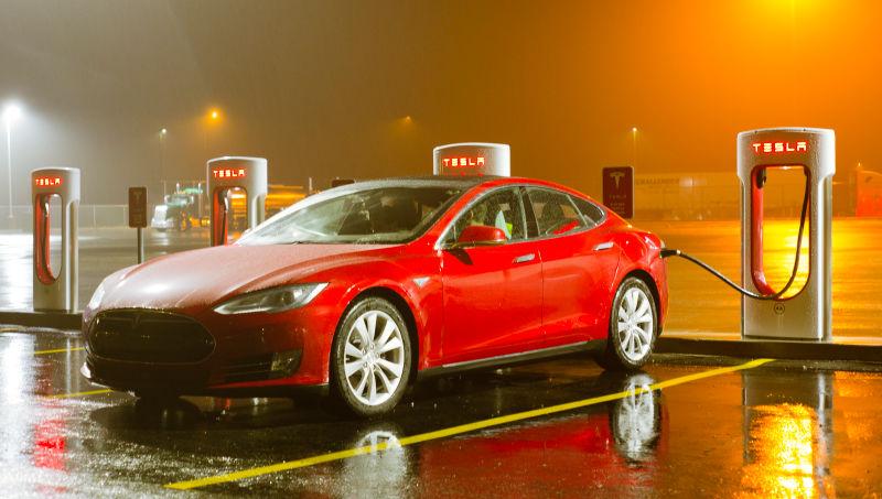 Tesla-ն կզբաղվի ինքնակառավարվող հանրային տրանսպորտի զարգացմամբ