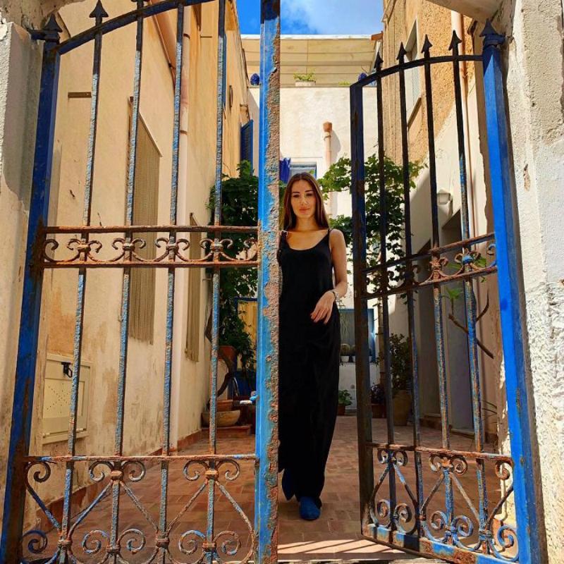 Ես սովորել եմ նայել ճաղերից այն կողմ, բոլորս էլ ունենք «ճաղեր», կարևորը դրանցից դուրս մտածելն ու արարելն է. Նազենի Հովհաննիսյանը լուսանկար է հրապարակել
