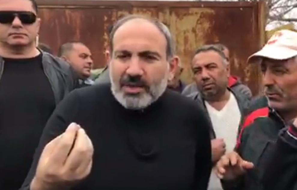 Վարչապետի առջև կինը մարզպետ Գարիկ Սարգսյանին մեղադրեց