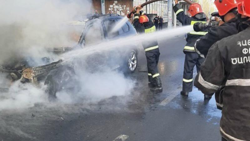 Բագրատունյաց պողոտայում այրվել է ավտոմեքենա