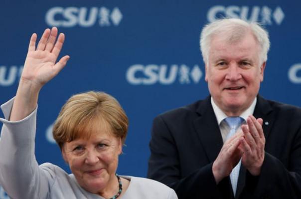 Գերմանիայի ՆԳ նախարարը ցանկանում է հրաժարական տալ Մերկելի հետ տարաձայնությունների պատճառով