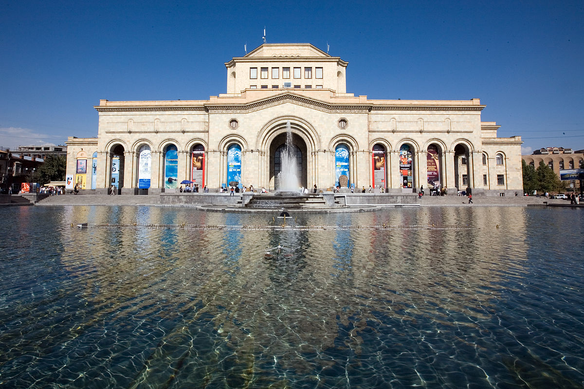 Հայաստանի պատմության թանգարանում կհատկացվի ցուցասրահ՝ նվիրված թավշյա հեղափոխությանը. նախարար