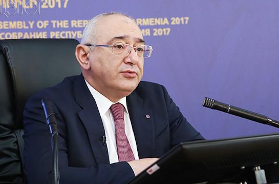 11 депутатов от блока «Царукян» представили заявление, в котором они не отказываются от мандата (видео)