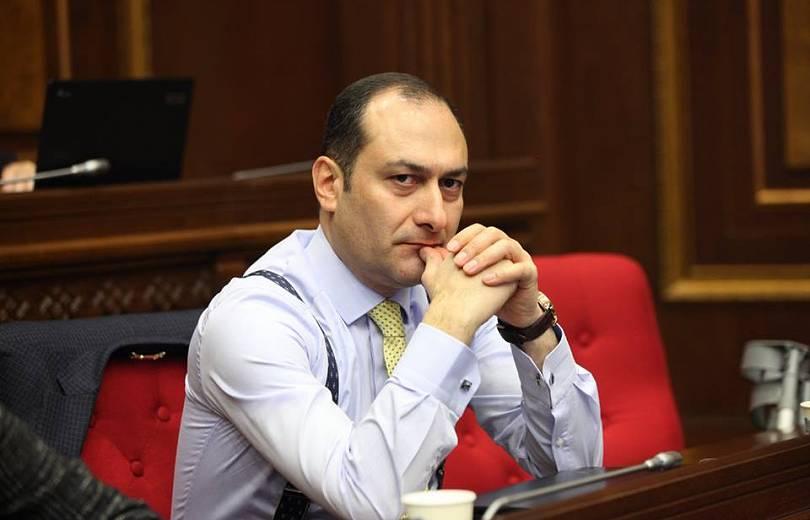 Արտակ Զեյնալյանն ազատվեց ՀՀ արդարադատության նախարարի պաշտոնից