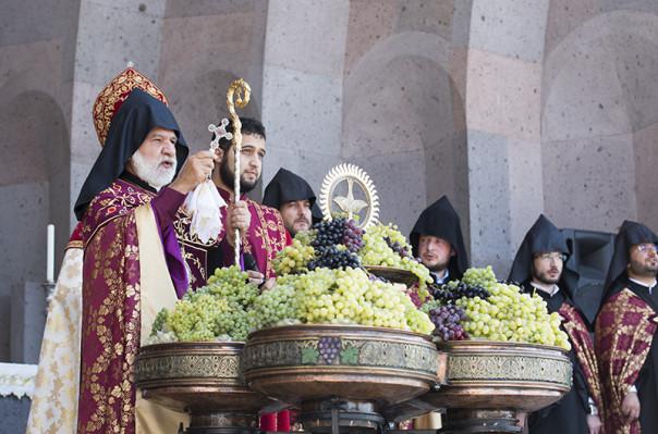 Սուրբ Աստվածածնի Վերափոխման տոնի կապակցությամբ Մայր Տաճարում մատուցվել է Ս. Պատարագ
