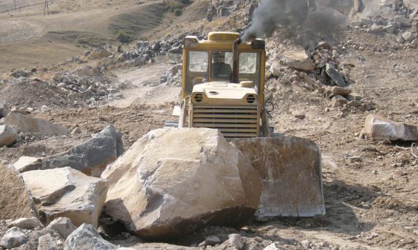 Նոր հանքավայր՝ Աջափնյակ վարչական շրջանի սահմաններում