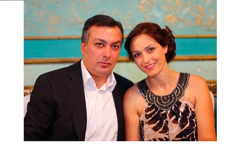 Արմեն Ամիրյանը տիկնոջ հետ ԱՄՆ-ում է. «Ժամանակ»