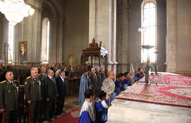 Բակո Սահակյանը ներկա է գտնվել Սուրբ Ղազանչեցոց եկեղեցում մատուցված սուրբ պատարագին