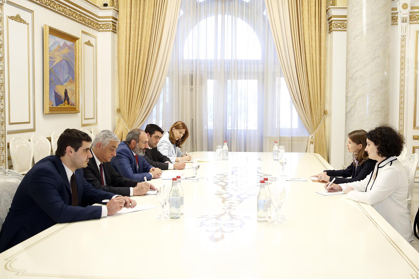 Հայաստանը ֆինանսական համակարգի կայունության առումով կարելի է համարել օրինակելի․ ԱՄՀ ներկայացուցիչը՝ Նիկոլ Փաշինյանին