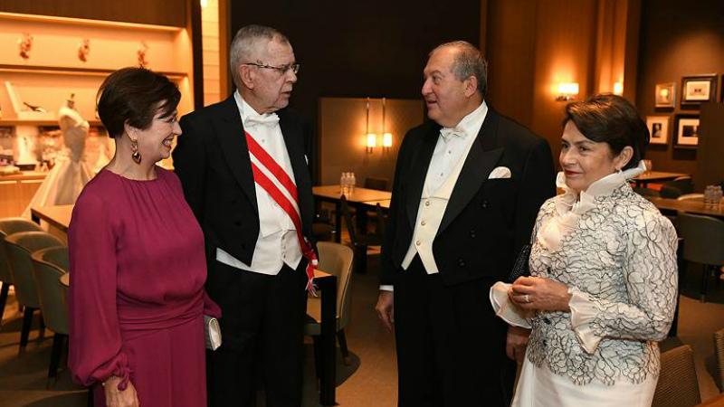 Անկախության տոնի առթիվ Արմեն Սարգսյանին շնորհավորել է Ավստրիայի նախագահը