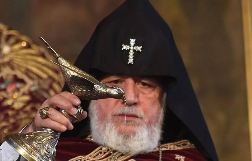 Գարեգին Բ կաթողիկոսն ինքնակամ կհեռանա. «Ժողովուրդ»