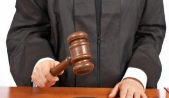 Դատավորները նեղսրտած են, Արման Մկրտումյանն իրենց «տեր չի կանգնում». «Հրապարակ»