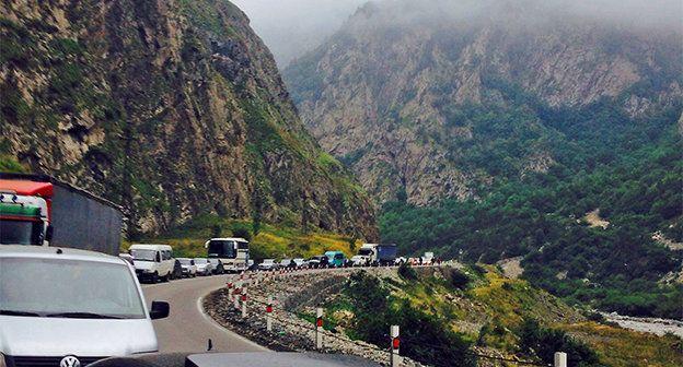 Արտակարգ իրավիճակ Լարսում․ 1500 հայկական բեռնատար չի կարողանում հատել սահմանը