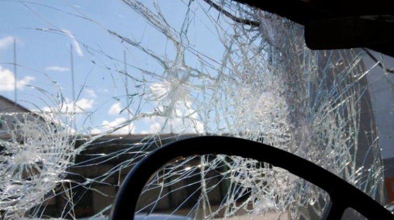 Իջեւան-Երեւան ճանապարհին մեքենան բախվել է պատին. երկու ուղեւորները տեղում մահացել են