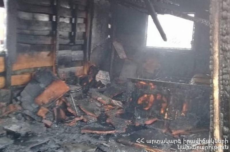 Հրդեհ՝ Նորաբաց գյուղում. վագոն-տնակն ամբողջությամբ այրվել է