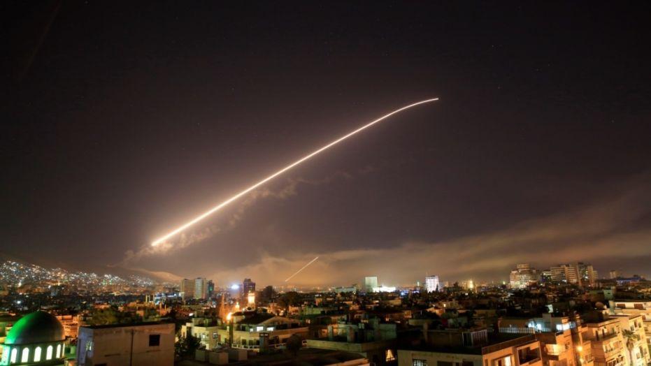 ԱՄՆ–ը, Ֆրանսիան և Մեծ Բրիտանիան ավիահարվածներ են հասցրել Սիրիայում (տեսանյութ)