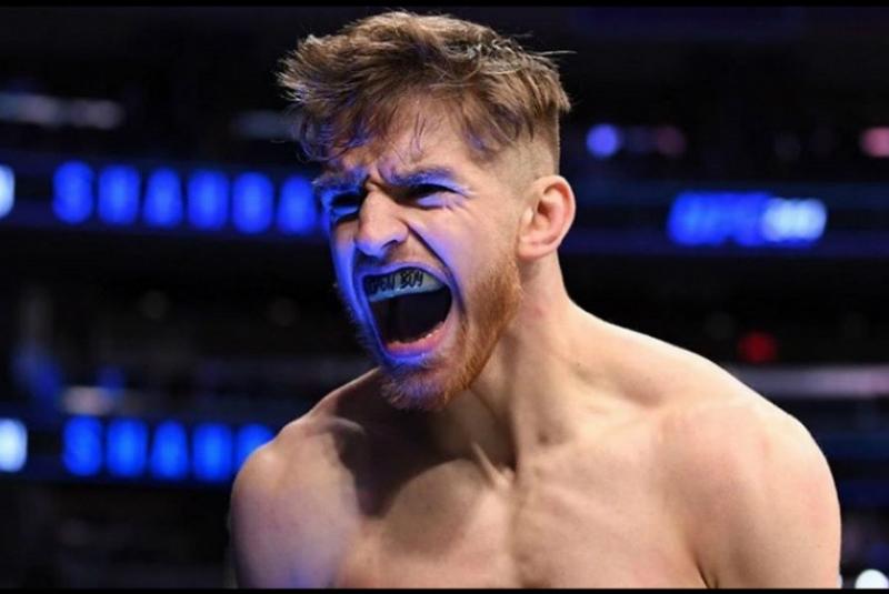 Հայ մարզիկը հաղթել է Նյու Յորքում անցկացված խառը մարտարվեստների առաջնությունում՝ բեմ դուրս գալով «Արցախ»-ի հնչյունների ներքո (տեսանյութ)