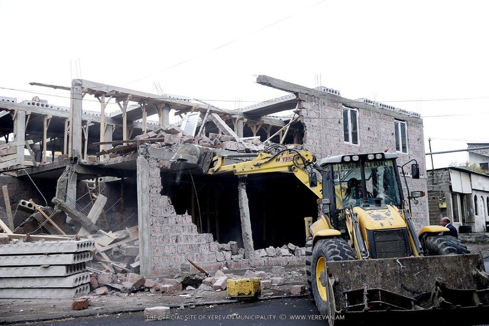 Ապօրինի շինարարության եւ պետությանը պատճառած խոշոր վնասի դեպքով է քրեական գործ է հարուցվել