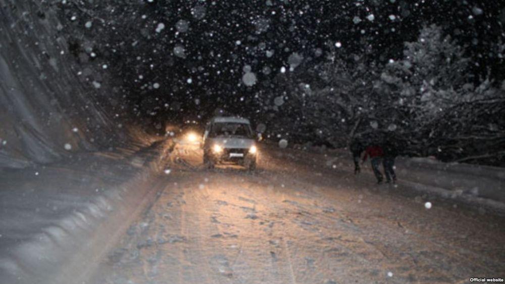 ՀՀ որոշ քաղաքներում ձյուն է տեղում․ Վարդենյաց լեռնանցքը բեռնատարների համար փակ է