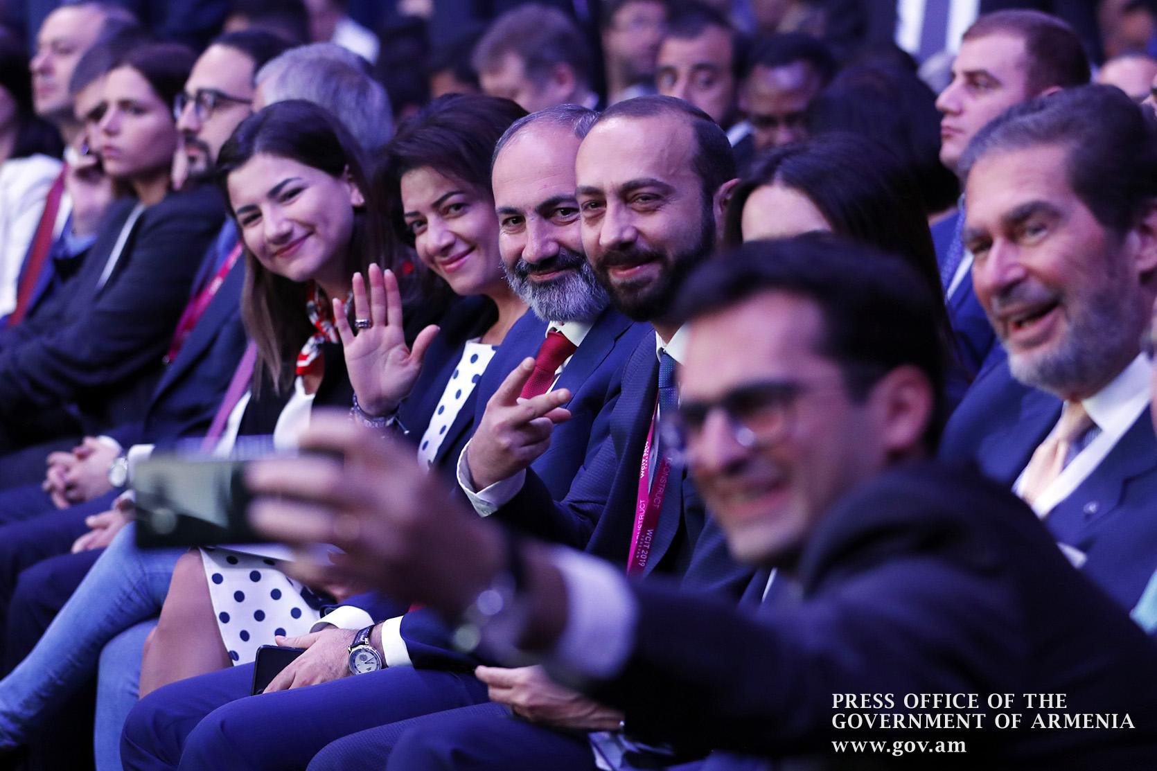 ՏՏ համաժողով. ինչու՞ Հայաստանում ներկայացված չեն Facebook-ի կամ՝ Youtube-ի ներկայացուցիչները. «Ժողովուրդ»
