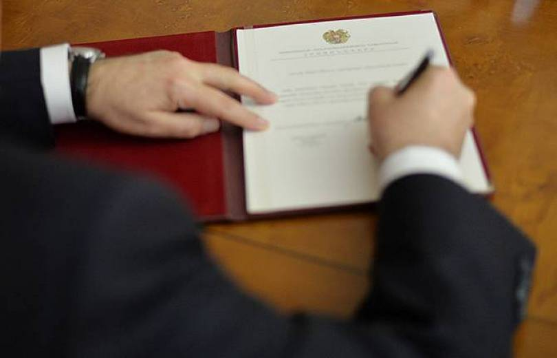 Գառնիկ Բադալյանը հետմահու պարգևատրել է «Հայրենիքին մատուցած ծառայությունների համար» 1-ին աստիճանի մեդալով