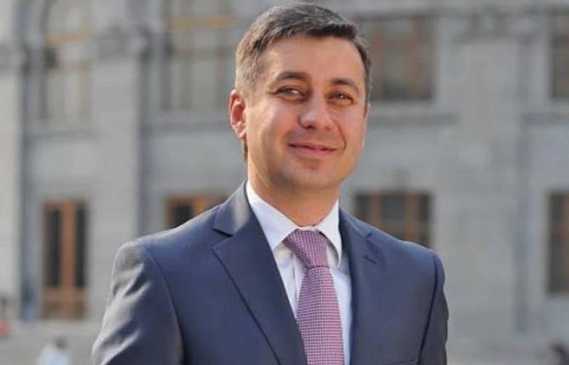 Վլադիմիր Կարապետյանը ազատվել է վարչապետի մամուլի քարտուղարի պաշտոնից