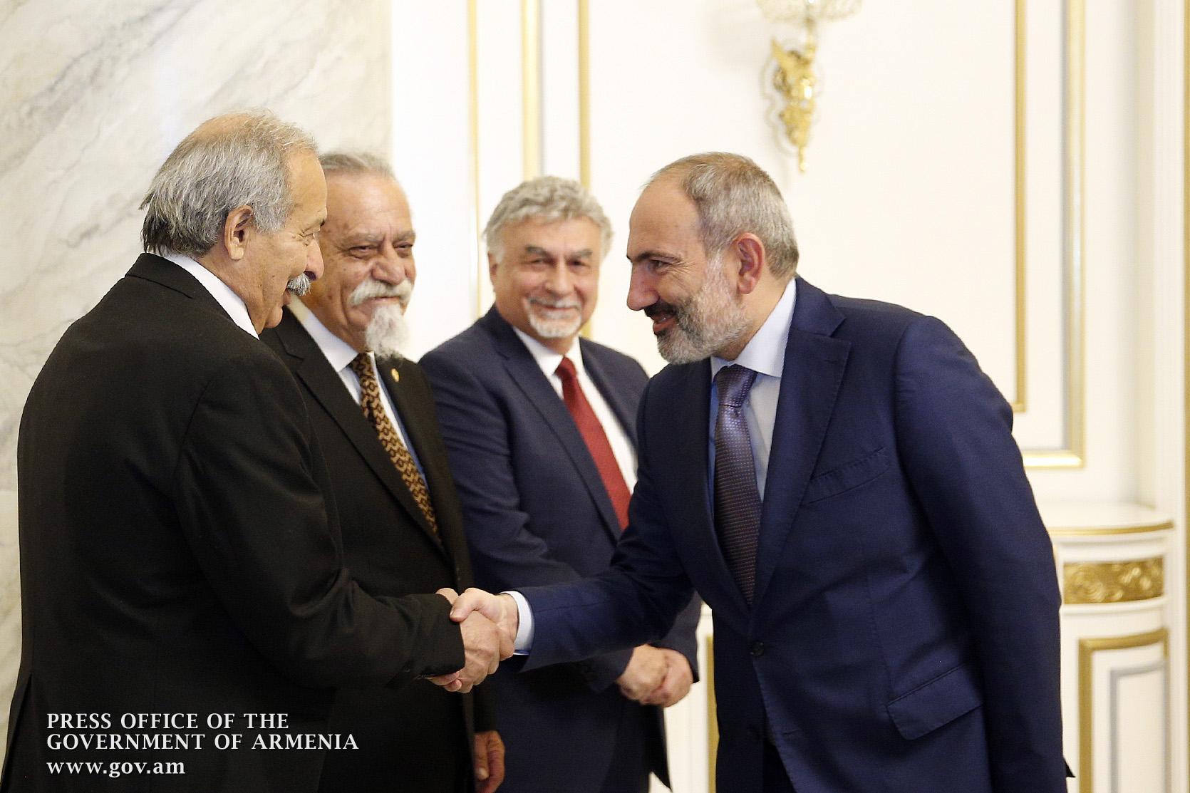 Վարչապետն ընդունել է Ռամկավար ազատական կուսակցության Կենտրոնական վարչության ներկայացուցիչներին