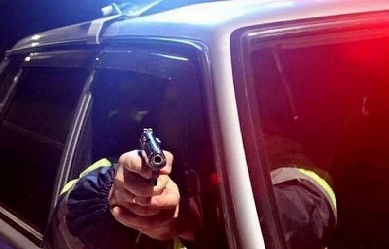 Ոստիկանները հայտնաբերել են Երեւանում մեքենայից օդ կրակած քաղաքացուն