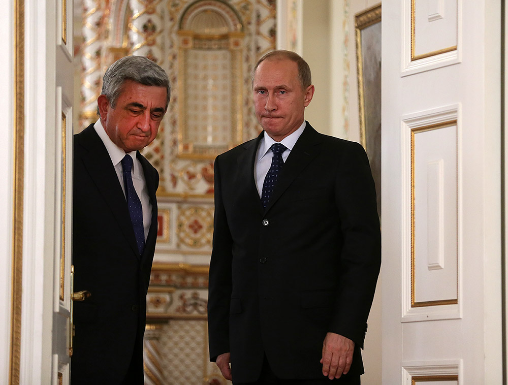 Ռուսական գրոհը շարունակվում է. մեզ հարկադրում են գնալ ռուսերենը որպես պետական լեզու ճանաչելու. «Հրապարակ»