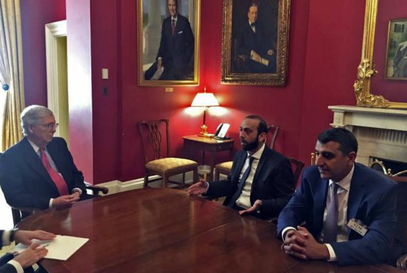 Արարատ Միրզոյանը հանդիպել է ԱՄՆ Սենատի մեծամասնության հանրապետական ղեկավար Միչ Մաքքոնելի հետ
