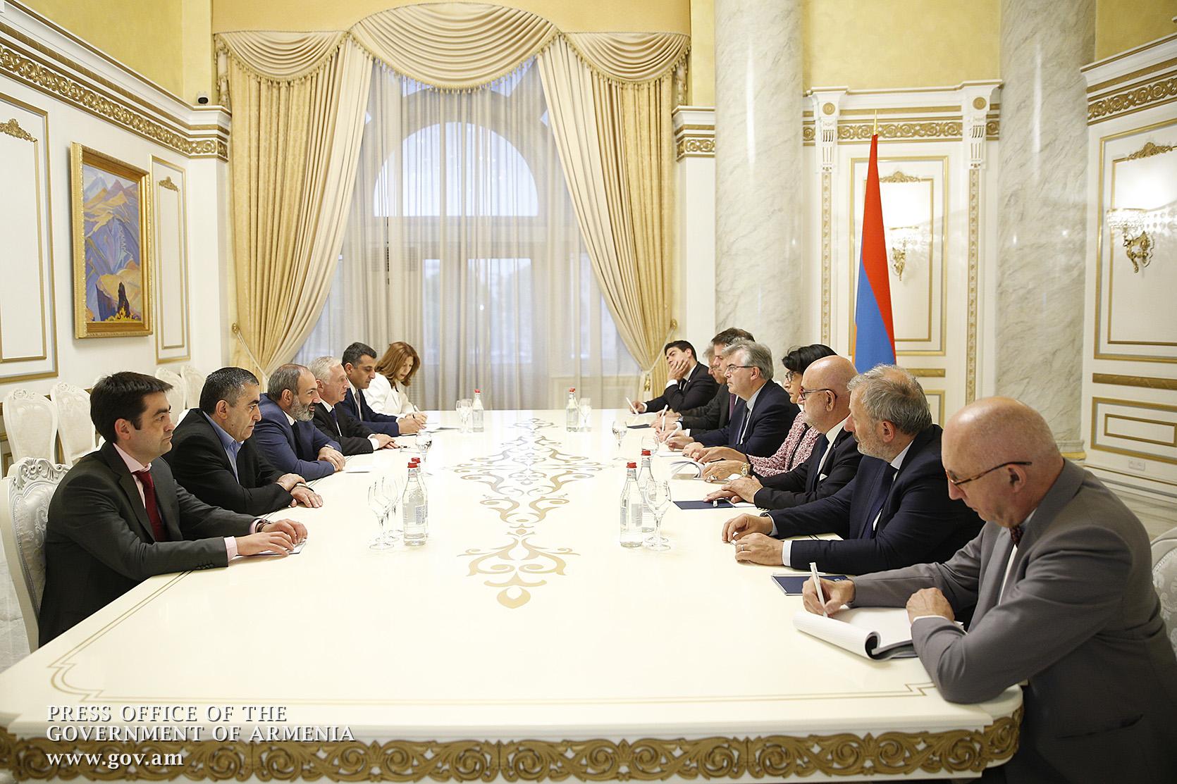 Համոզված եմ` տեղի ունեցող փոփոխությունները ֆրանսիական նոր ներդրումներ կբերեն Հայաստան. վարչապետը՝ Ժակ Մարիլոսյանի գլխավորած պատվիրակությանը